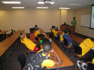 ProCSI 2009 members take part in a discussion
